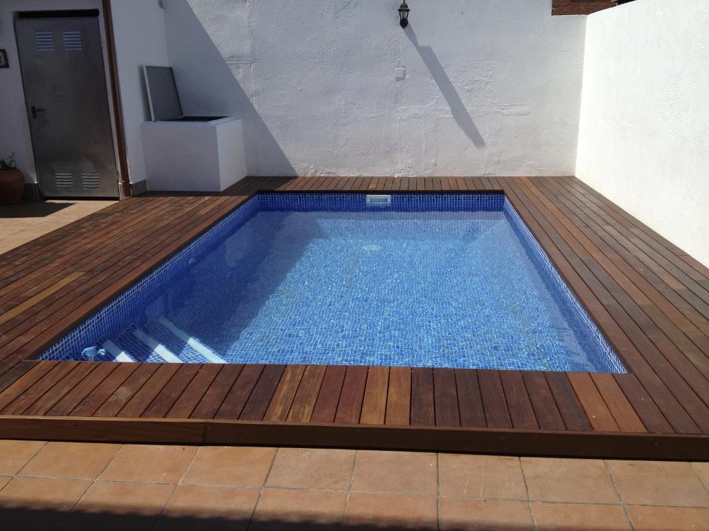 tipo de piscina piscina de acero revestida con lmina armada medidas fondo m a m escalera escalera de obra interior banco