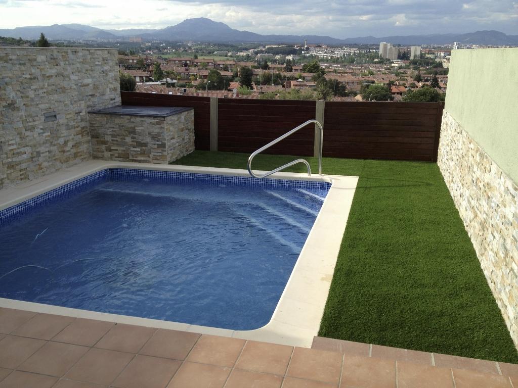Proyecto realizado de construcci n de piscina en sant for Medidas de piscinas de obra